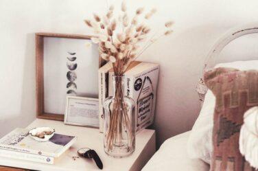 Decorating-your-Teen-Bedroom-Make-it-Look-Grown-up