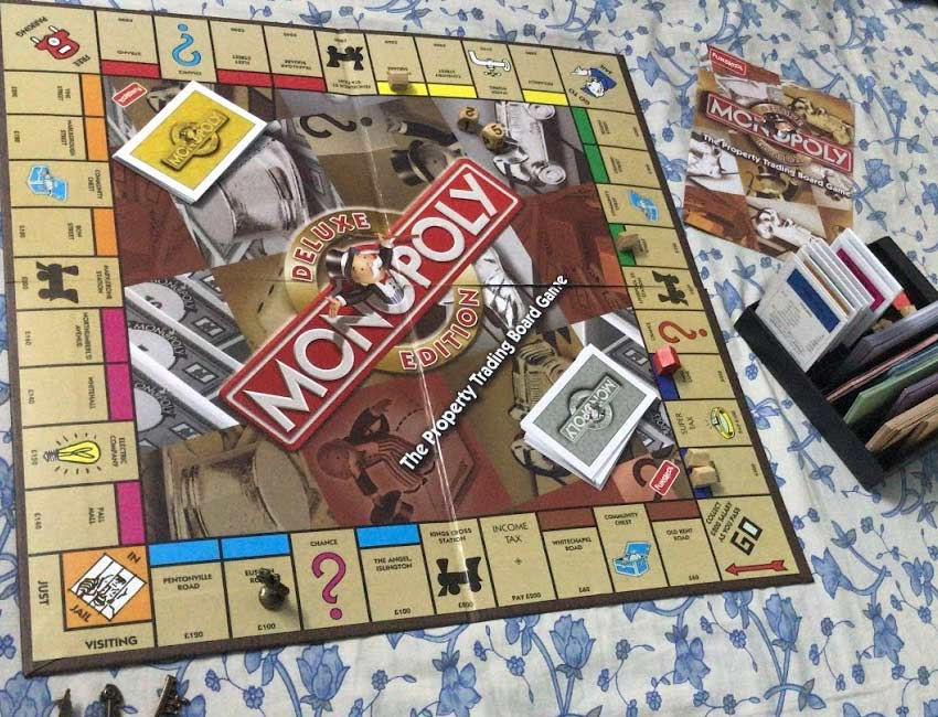 monopoly-board-game-classic-kids